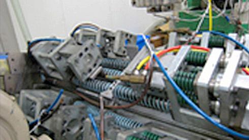 精密成形機 SK型ロータリー装置の製造販売