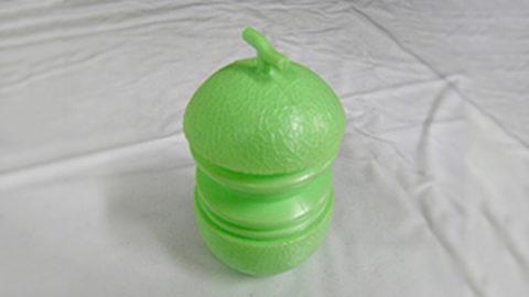 アイスの容器